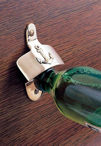 - Flaskeåbner